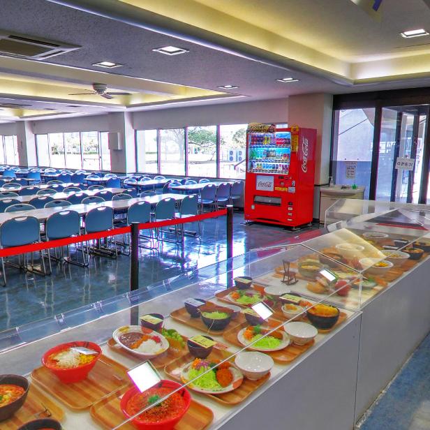 4号館 学生食堂