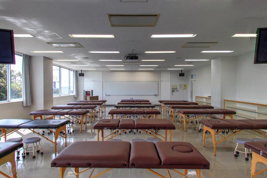 9号館 実習室